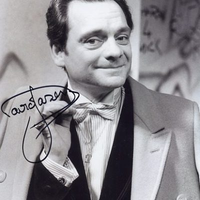 Sir David Jason Personally Signed Tie 10x8 inch Photograph