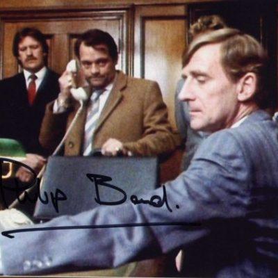 Mr Van Kleefe Philip Bond Hand Signed 10x8 Screen Photo